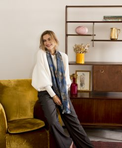 Mavi silk wool women's scarf with fringe