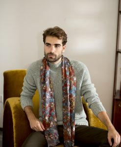 Roest silk wool shawl for men.