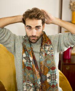 Antik silk wool shawl for men.